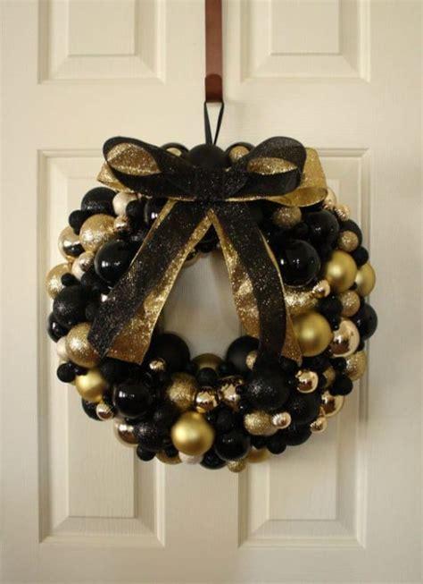black gold christmas decor ideas designbump