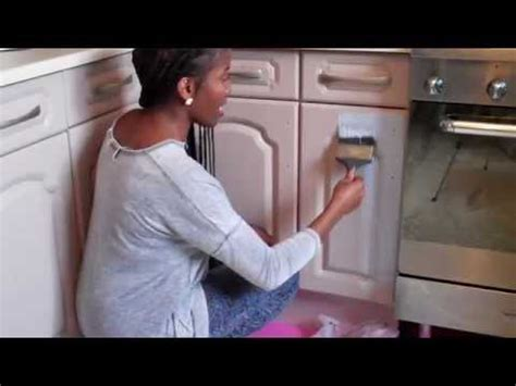 youtube painting kitchen cabinets annie sloan chalk paint kitchen cabinet cupboard makeover