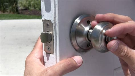 how to install door knob how to change a door knob dead bolt repair schlage vs