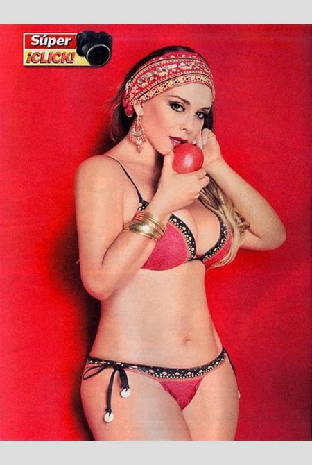 Lina Santos Desnuda