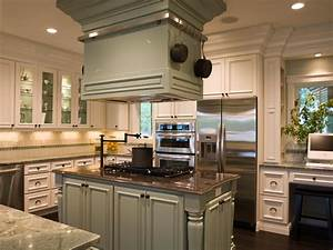 kitchen island accessories pictures ideas from hgtv hgtv With kitchen cabinet with island design