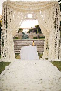 unique wedding altar ideas and pictures popsugar home With outdoor wedding ceremony decorations