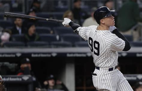 Aaron Judge becomes fastest player to reach 60 career home ...