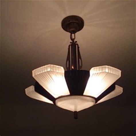 Luminaire Suspension Art Deco