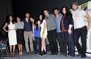 One big happy vampire family: Twilight stars Robert ...