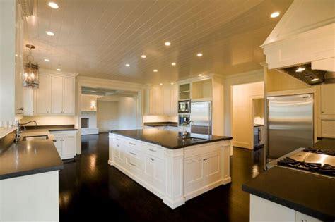 36 Inspiring Kitchens with White Cabinets and Dark Granite