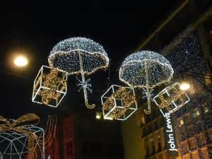 christmas decorating around the world ideas christmas decorating