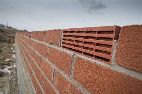 Air Bricks And Adjustable Cavity Vents