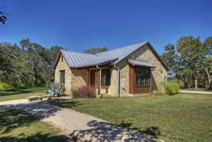 images hill country style homes hill country home design homesfeed