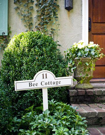 "48 Best ""bee Cottage"" Frances Schultz Images On Pinterest"