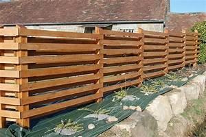 Faire Une Cloture En Bois : cloture palissade bois grillage jardin pas cher closdestreilles ~ Dallasstarsshop.com Idées de Décoration
