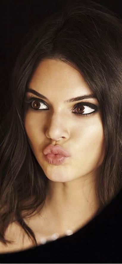 Jenner Kendall Iphone Selfie Wallpapers Taking 4k