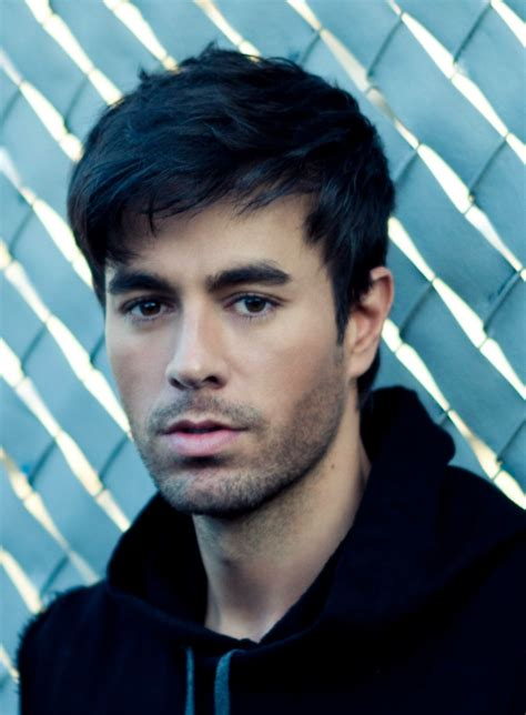 Pin by Julissa Vazquez on Celebrities I love | Enrique ...