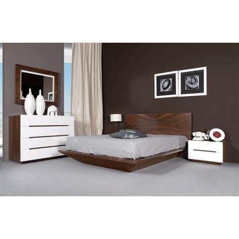 photos chambre adulte chambre à coucher design pour adulte en merisier ou chêne