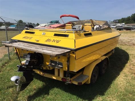 Performance Boats For Sale In Nc by 1989 Challenger Tunnel Boat 22 For Sale In Denver Nc