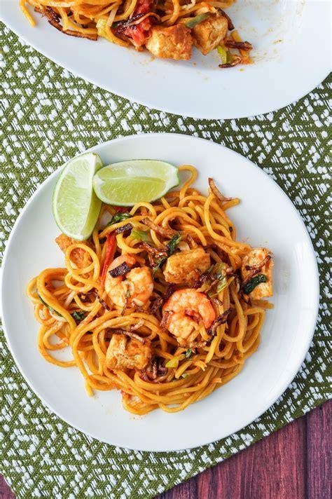 Malaysia Cookbook Review and Mee Goreng Mamak (Malaysian