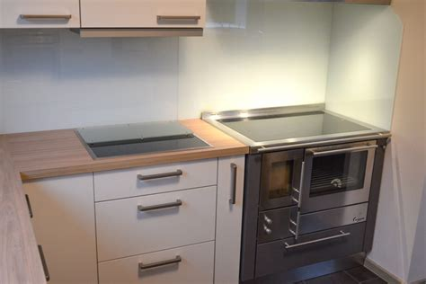 Holzofen Für Die Küche k 252 che mit integriertem holzofen m 246 bel m 252 nch