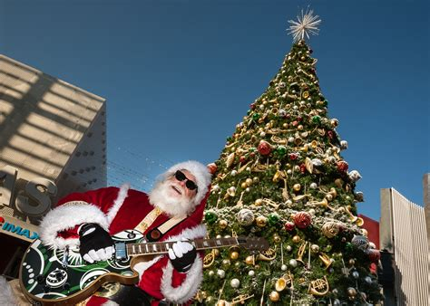 weird wacky  unusual christmas traditions  la