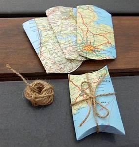 Basteln Mit Alten Weihnachtskugeln : originelle geschenkverpackung mit alten landkarten wrapping pinterest originelle ~ Whattoseeinmadrid.com Haus und Dekorationen
