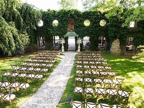 1000 ideas about rustic wedding venues on