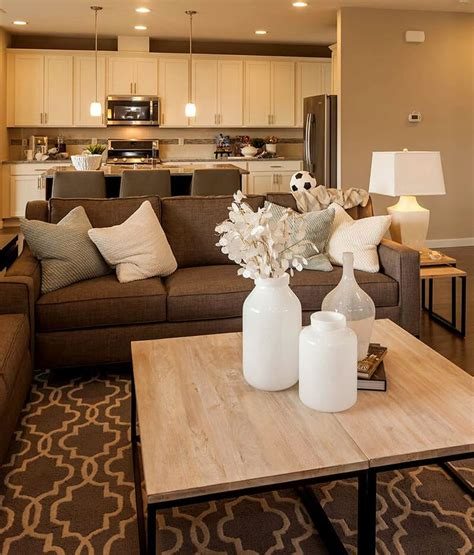 Beige And Living Room by Best 25 Beige Living Rooms Ideas On Beige And