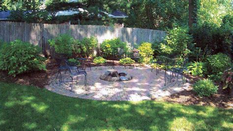 Free Backyard Design - diy landscape design for beginners elly s diy