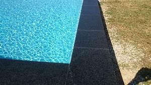 Margelle Pour Piscine : piscine avec margelles en pierre de lave gilbert piscines sas ~ Melissatoandfro.com Idées de Décoration