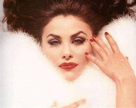 Dazzling Divas: Sherilyn Fenn