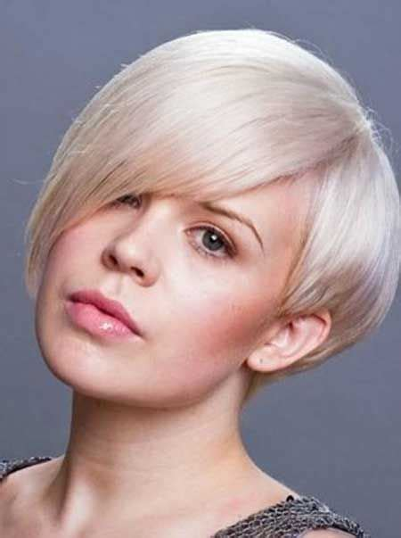30 best short hairstyles for round faces hair short hair styles for round faces short curly