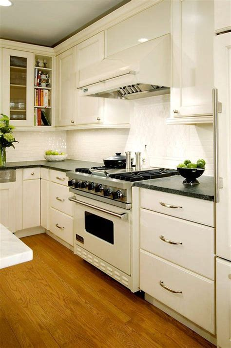 white kitchen cabinets with white appliances kitchen ideas decorating with white appliances painted 2089