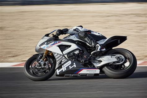 Bmw Hp4 Race by Carbon Fiber Bmw Hp4 Race Debuts In China Asphalt Rubber
