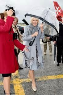duchess  cornwall  caught   wind   lands