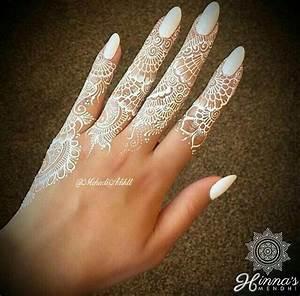 Weißes Henna Tattoo : 428 besten body art tattoos henna temporary tattoos bilder auf pinterest hand henna wei e ~ Frokenaadalensverden.com Haus und Dekorationen