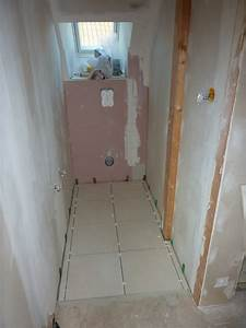 pose du carrelage sol wc et salle de bain dario67600 With pose carrelage salle de bain sol