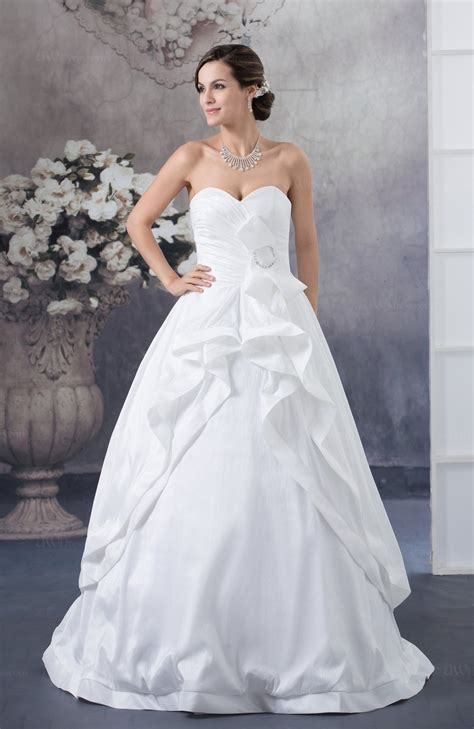 Inexpensive Bridal Gowns Luxury Sleeveless Winter. Ivory Wedding Dress In The Snow. Ivory Wedding Dress With Gray Bridesmaids. Short Wedding Dress Long Bridesmaid Dresses. A Line Wedding Dresses With Cap Sleeves. A Line Wedding Dresses Kleinfeld. Anne Hathaway Wedding Dress Princess Diaries. Cheap Wedding Dresses Reddit. Gold Wedding Dress Brisbane
