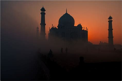 7 Best Quotes & Photographs Of Taj Mahal That Will Make