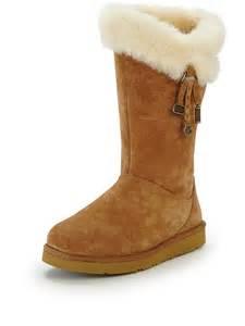 womens ugg plumdale boots ugg womens plumdale charm