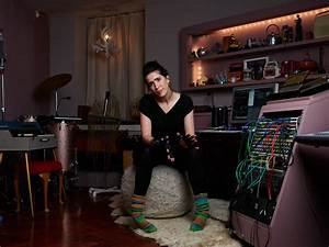 Imogen, Heap, Harry, Potter, Composer, Invents, Pair, Of, Gloves, That, Makes, Music
