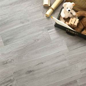 carrelage sol antiderapant norway gris carrelage With carrelage aspect parquet
