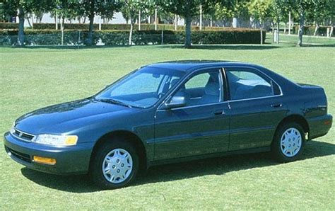 blue book value for used cars 1997 honda del sol auto manual used 1996 honda accord pricing for sale edmunds