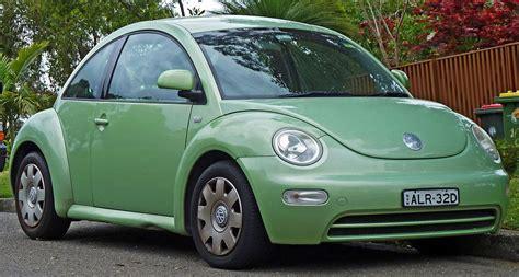 Volkswagen Car : Volkswagen New Beetle