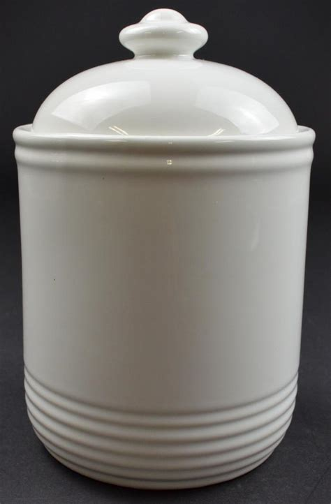white ceramic kitchen canisters white ceramic kitchen canisters 28 images ventura