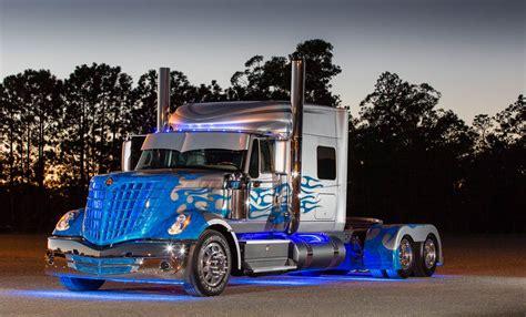 "How We Shipped The 60,000lb Navistar ""blade"" Truck"