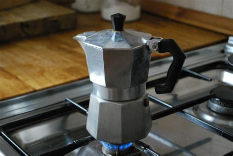 How Do Moka Pots Work? Cuban Coffee Bustelo 2 Gallon Cold Brew Maker Bar Upper West Side Ziggy's Kitchenaid Singapore Houston Takeya Review For Sale