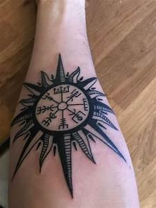 Compas De Vegvisir : 36 best vegvisir tattoo images on pinterest tattoo ideas ~ Melissatoandfro.com Idées de Décoration