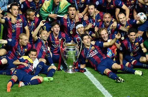Barcelona Lift Fifth Champions League Title | Photo Gallery