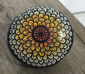 Painted Rock with a pretty flower design!!