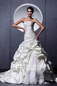Robe De Mariée Moderne : robe de mari e moderne d collet en c ur sans bretelle ~ Melissatoandfro.com Idées de Décoration