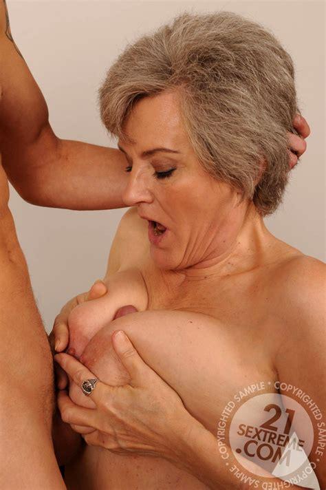 Sex Hd Mobile Pics Lusty Grandmas Aliz Innovative Mature