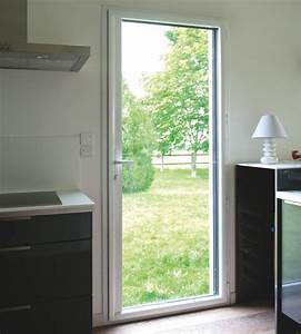 porte fenetre pvc ou aluminium a vous de voir bien With porte d entrée pvc avec fenetre pvc salle de bain